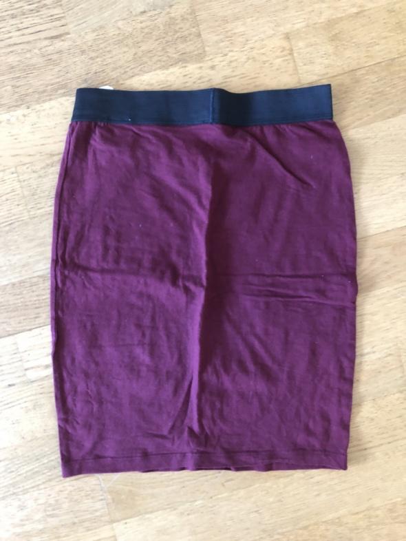 Spódnice Spódnica ołówkowa Terranova bordowa 36