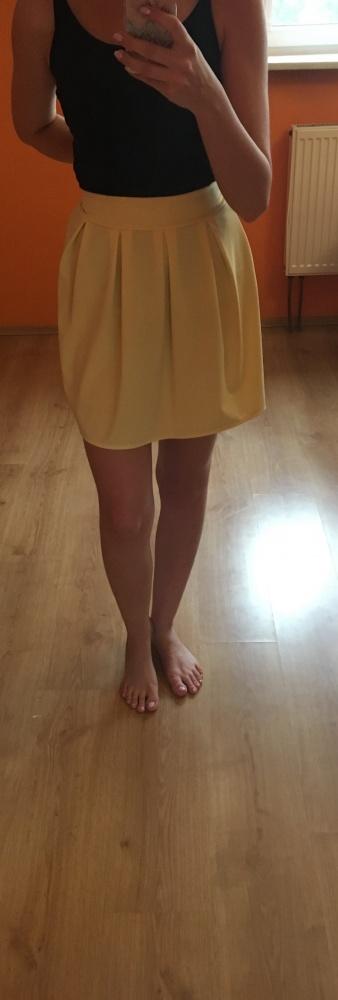 Spódnice Żółta mini spódniczka