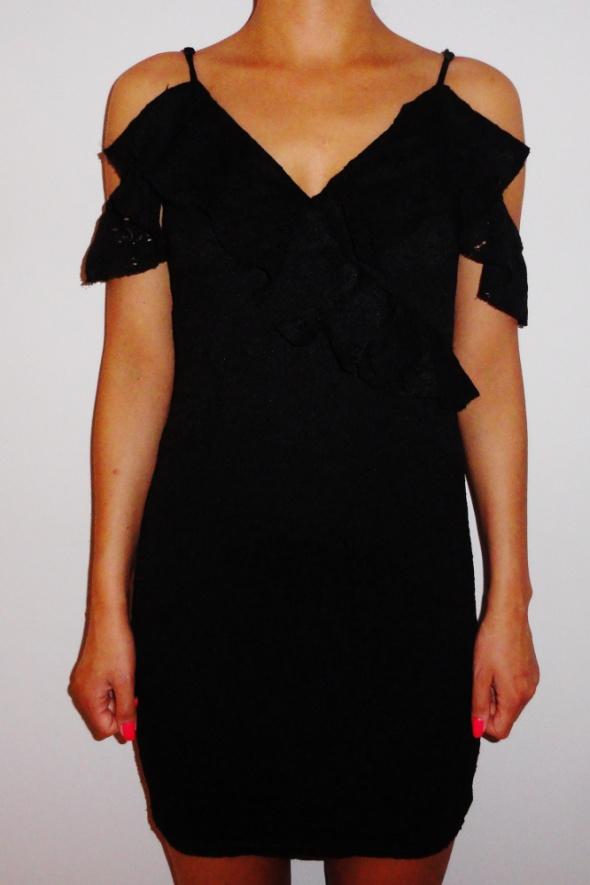 Czarna koronkowa ołówkowa sukienka hiszpanka odkryte ramiona Ne...