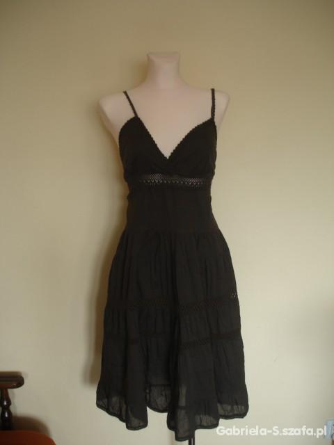 Seksowna folkowa włoska bawełniana sukienka Sisley...