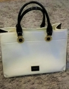Używana torebka do ręki Monnari...