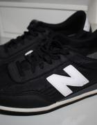 New Balance 410 czarne z białą N buty sportowe