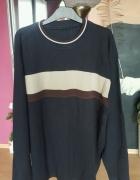 Granatowy męski sweter