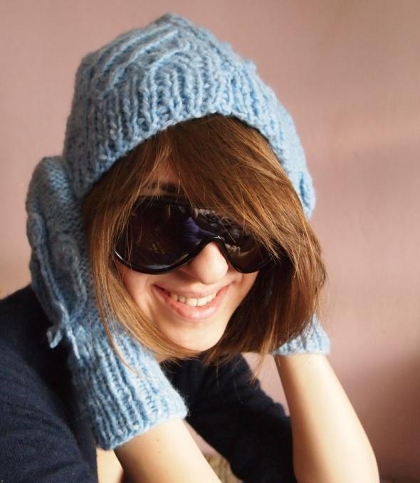 Czapka i rękawiczki niebieski komplet handmade...