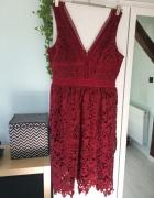 Bordowa koronkowa sukienka New Look