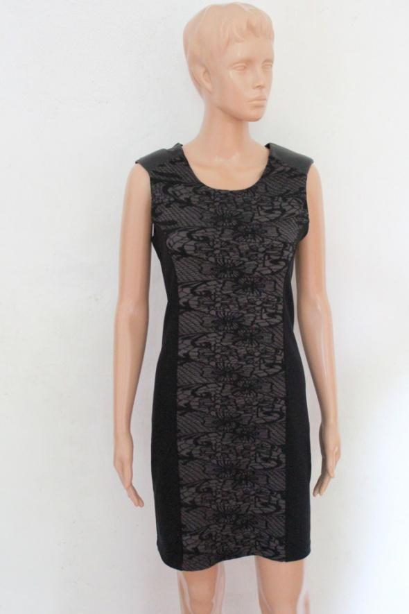 Dopasowana czarna sukienka mała czarna r L...