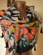 piękna kolorowa chusta