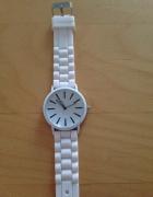 Biały nowy zegarek jelly watch