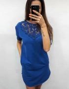 Kobaltowa tunika sukienka z koronką