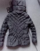 Kurtka czarna pikowana na zime ciepła