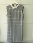 sukienka szara biała kratka z kołnierzykiem reserved wizytowa