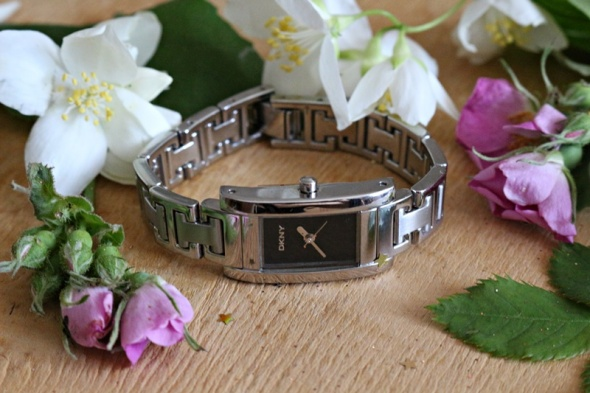 Zegarki Oryginalny srebrny zegarek DKNY