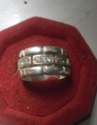 Srebrny masywny pierścionek obrączka z cyrkoniami 7 gr