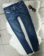 jeansy rurki spodnie diesel Xs S 26 30