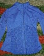 śliczna bluzka koszulowa z koronką