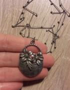 Warmet srebrny naszyjnik z koszem kwiatów sygn...