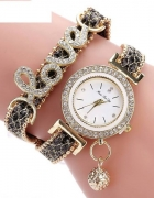 Luksusowy zegarek kwarcowy i z napisem Love...