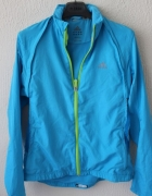 niebieska kurtka bluza z materiału climaproof