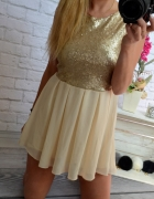 cekinowa rozkloszowana sukienka zip zlota