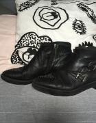 Skórzane czarne buty Simple 39 botki...