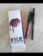 Kylie matte lip kit Kourt K matowa pomadka i kredka konturówka