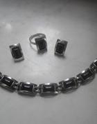 Srebry pierścionek z onyksem 6 gr cz kompletu