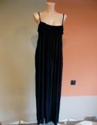 Długa duża czarna sukienka
