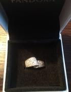 Srebrny pierścionek Apart cyrkonie srebro...