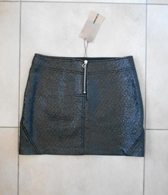Spódnice Zara nowa lakierowana spódniczka czarna mini zamek zip eko skóra