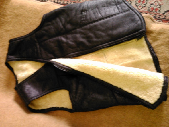 Kamizelka skórkowa na kożuchu