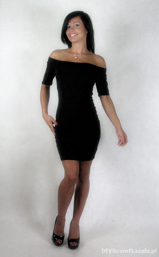 64cf03a9466c00 Dopasowana z odkrytymi ramionami MAŁA CZARNA w Suknie i sukienki ...