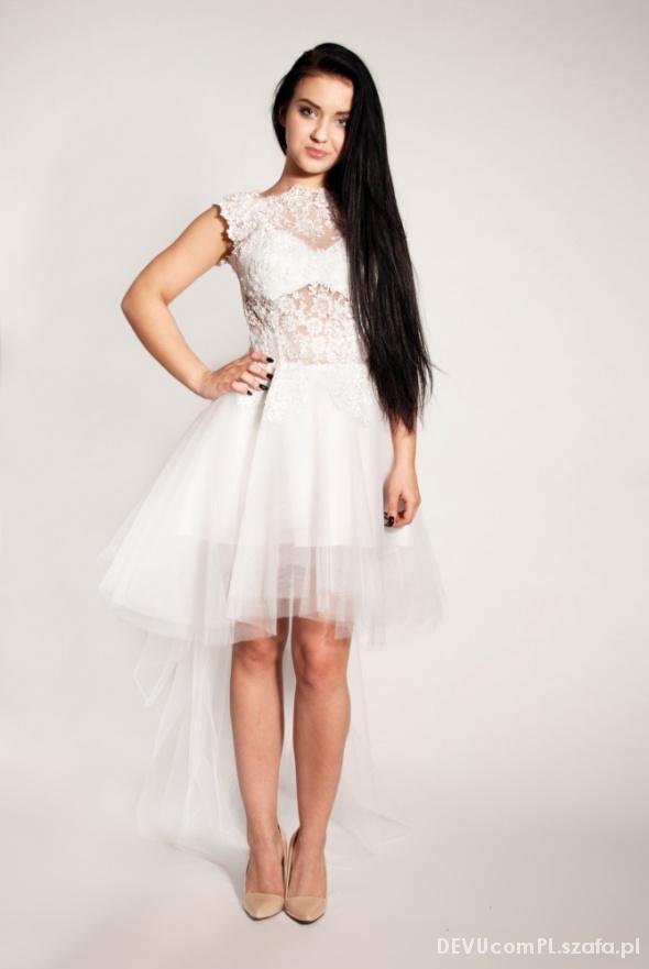 Suknie i sukienki Suknia z trenem