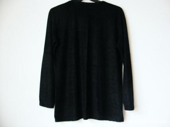 Czarny sweterek z wytłaczanym wzorem STREET ONE 42...