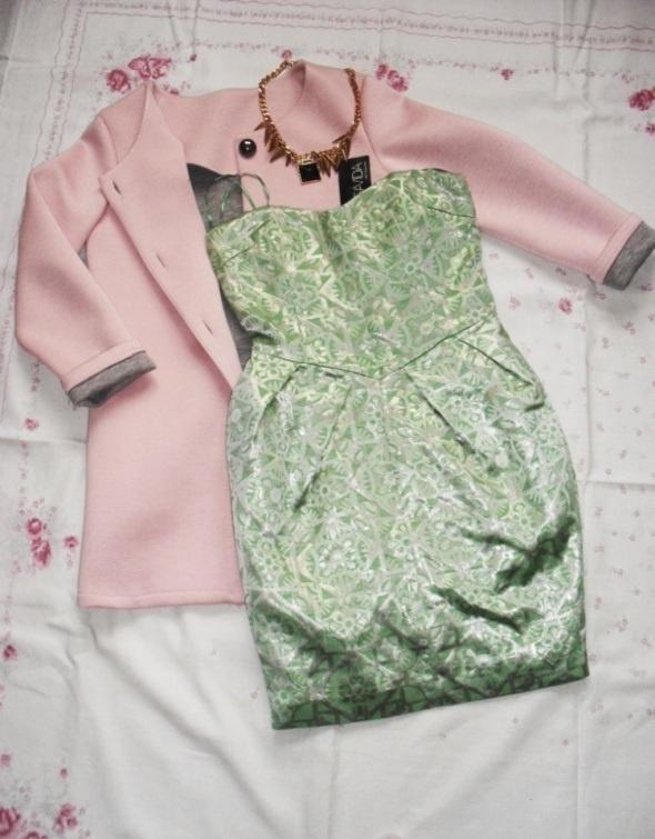 Nowa sukienka żakardowa tulipan Miętowa print