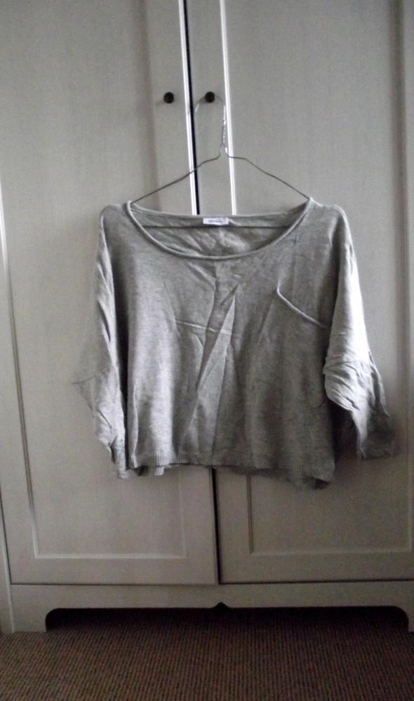 Krótki sweterek Crop top...