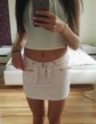 pudrowy róż mini spódnica