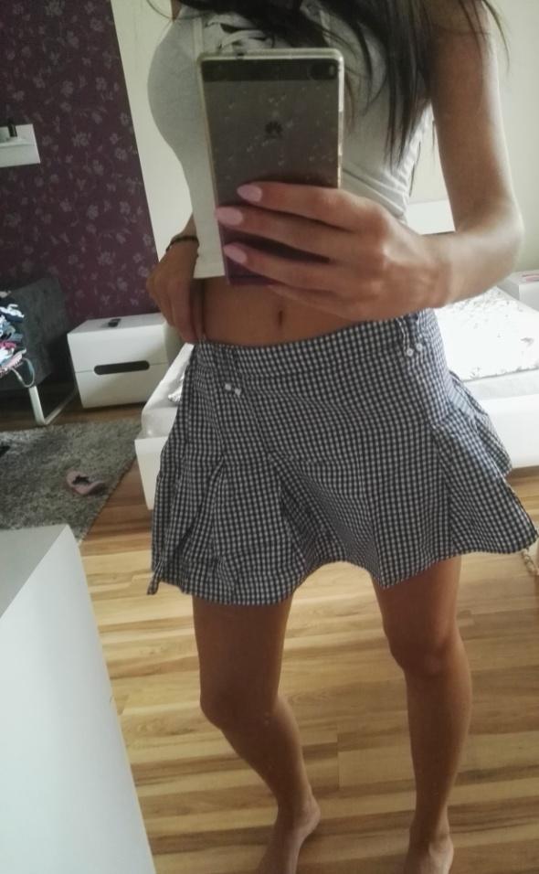 Spódnice spódniczka w kratke bialo niebieska