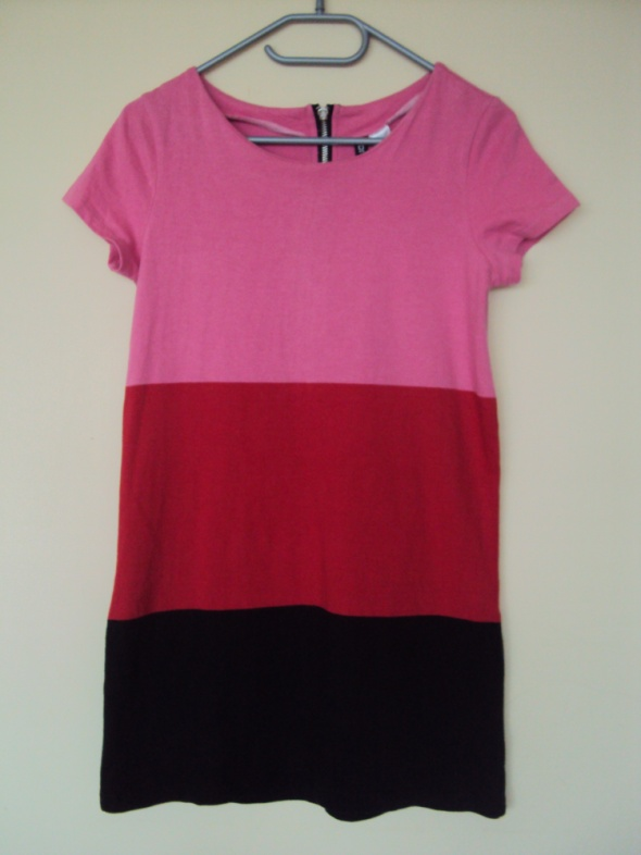 Krótka trójkolorowa sukienka HiM