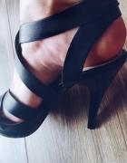 Wysokie sandałki 37 czarne
