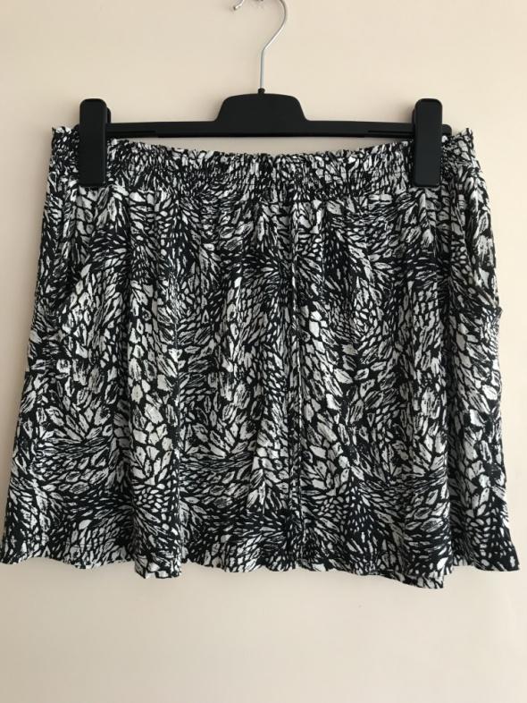 Spódnice F&F krótka spódniczka