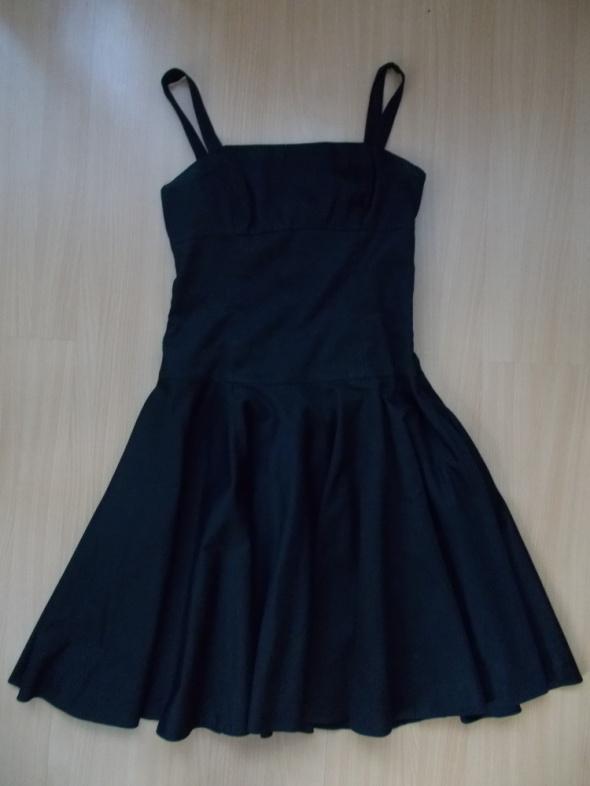 czarna sukienka na wzrost 170cm wzwyż...