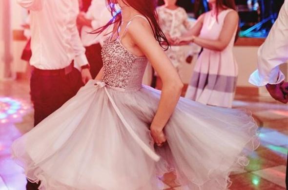 Sukienka TIULOWA idealna na weselestudniówkę