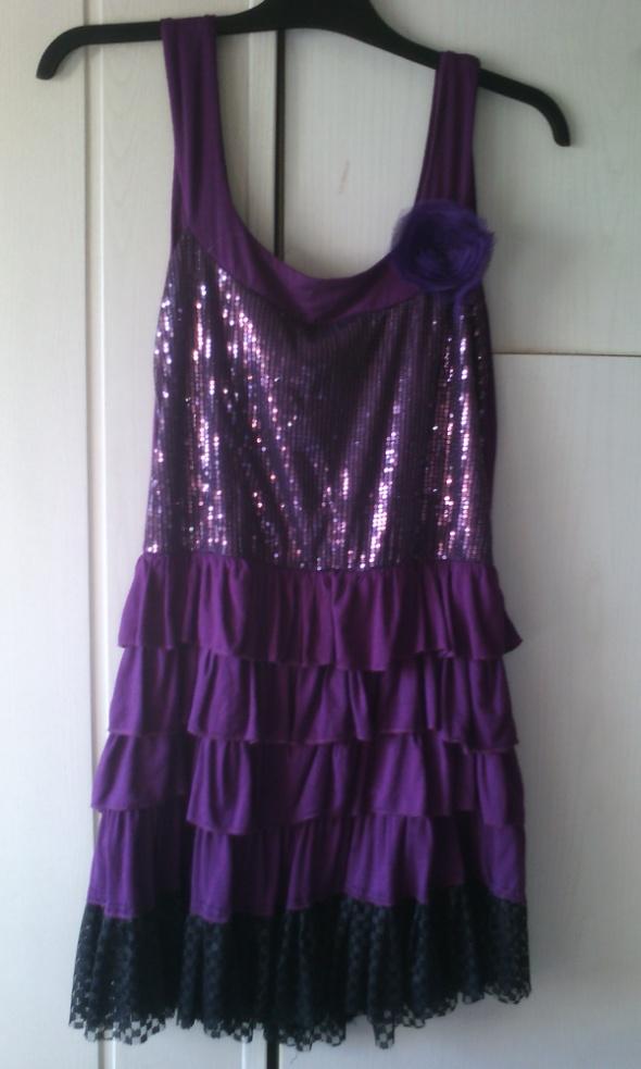 Śliczna fioletowa sukienka XL XXL