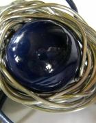Porcelana w drucie wielka granatowa kula metalo