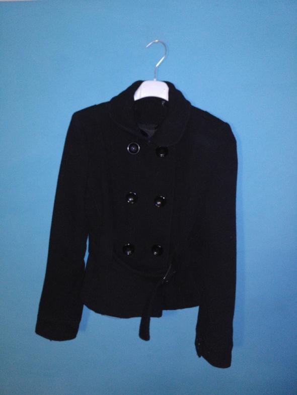 Czarny płaszcz Jane Norman 38...