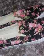 Buty damskie w kwiaty rozmiar 40...