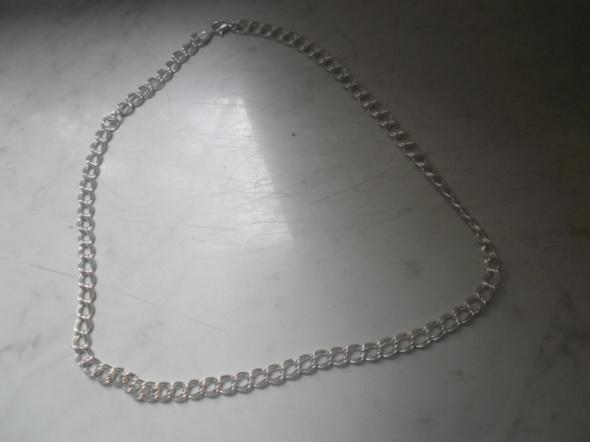 Łańcuszki Ciekawy srebrny szeroki łańcuszek ponad 7 gr