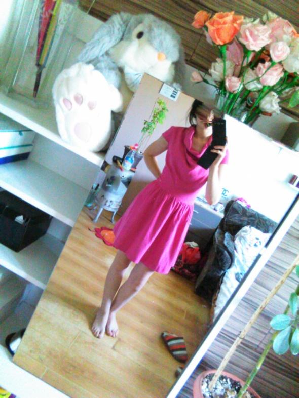 Troll różowa sukienka rozkloszowana półgolf 38 40...