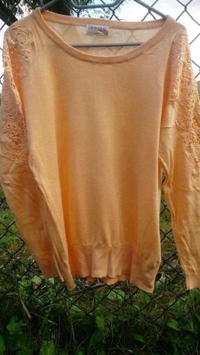 Swetry Brzoskwiniowy sweterek