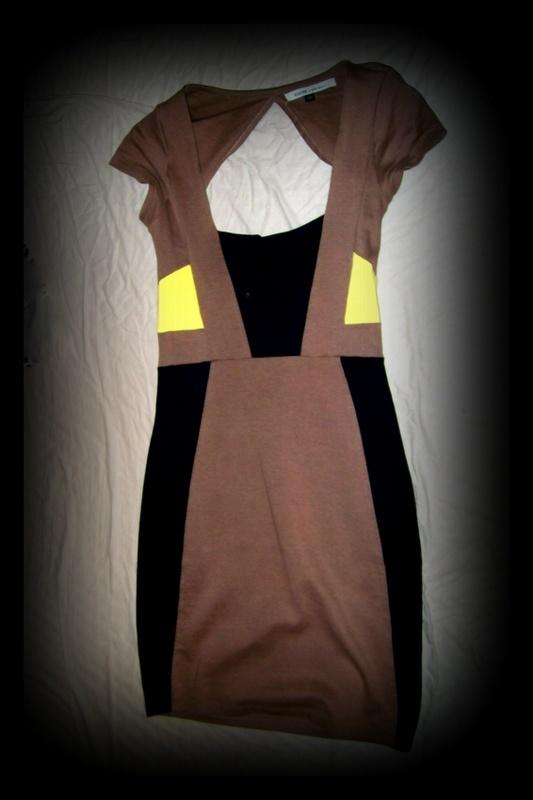Suknie i sukienki BERSHKA XS S